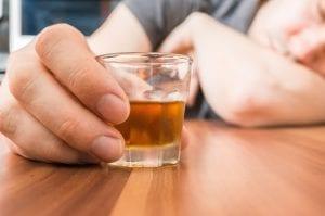 symptoms-of-alcohol-addiction